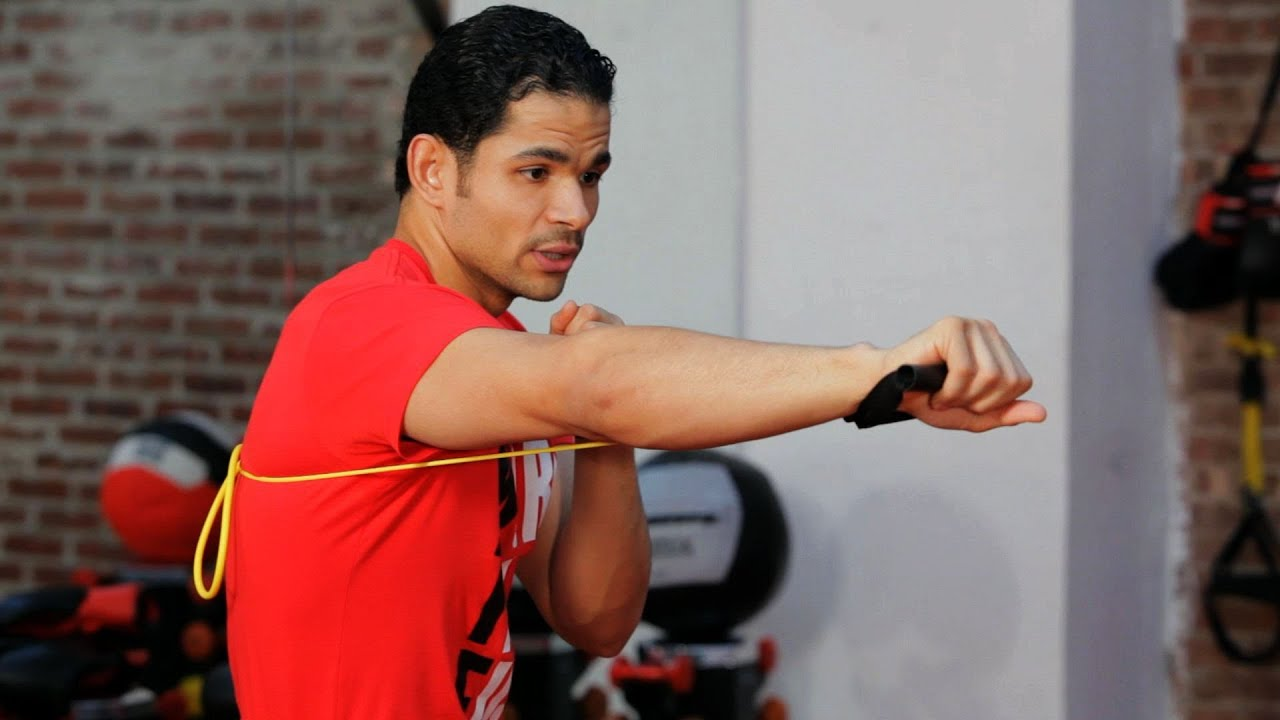 How to Shadowbox with Resistance Band | Kickboxing Lessons ...