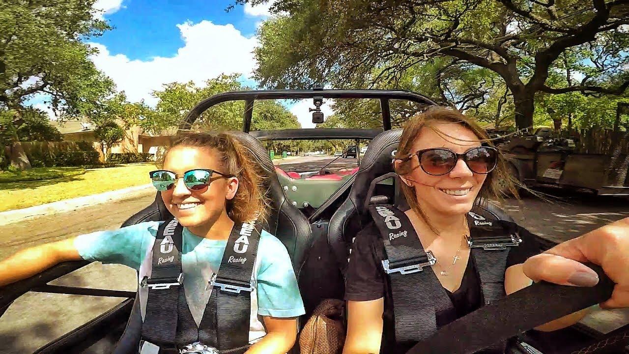 girls-drive-race-car-total-hilarious-fail