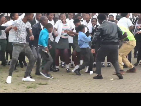 Crazy South African Dance Moves - Gqom Is The Future