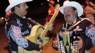 Lupe tijerina y Raul Perez En Vivo