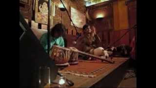 SUPRATIK SEN GUPTA  (Sitar) &  VIKAS  TRIPATHI  (Tabla) [Música da India] ॐ