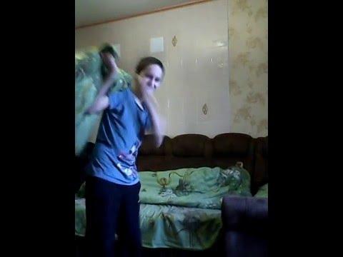 брат трахнул сестру видео на руском