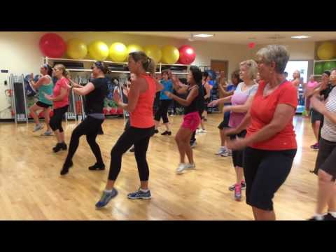 Yo Quiero (featuring Pitbull) – Zumba with Chelsea at The ARC in Columbia MO