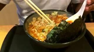 Vlog - Comendo Ramen - JOJO Ramen