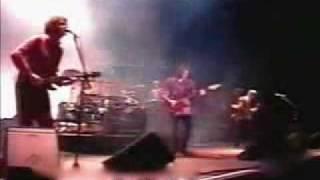 Soda Stereo y Virus ( VIDA) - Profugos - En La Plata 1995.avi