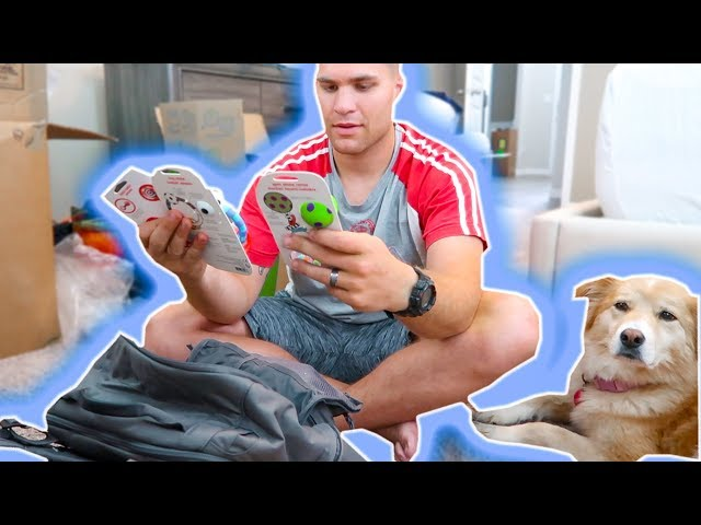 DADDY PACKS HIS DIAPER BAG & BOUTIQUE WAREHOUSE TOUR! | Casey Holmes Vlogs