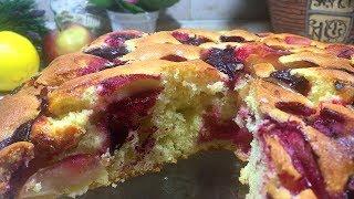 Пышный пирог со сливами и яблоками.  #выпечка  #тесто #пирог