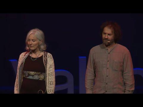 L'école d'aujourd'hui | Béatrice SUWARA & Antonio VALZAN | TEDxValenciennes