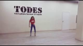 TODES //  Кружит