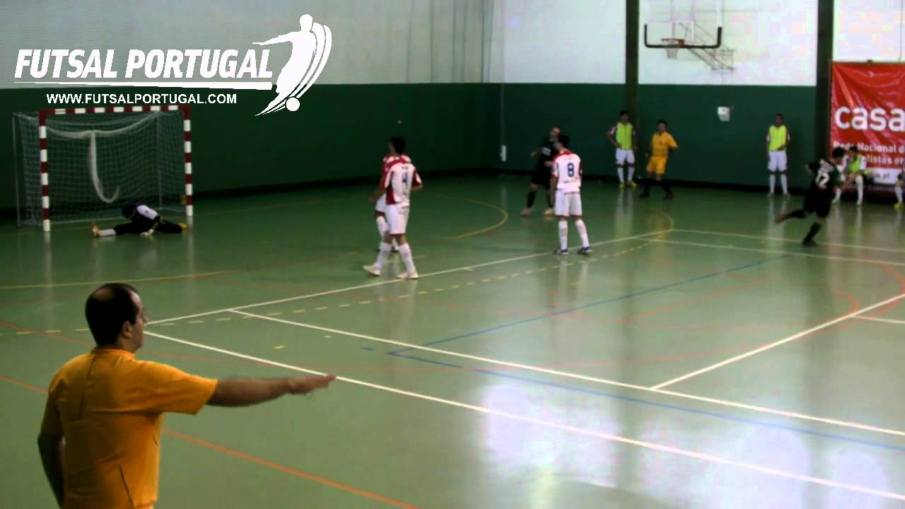 Futsal ::  Play-off Q/F 1º Jogo :: Boticas - 1 x Sporting - 2 de 2010/2011