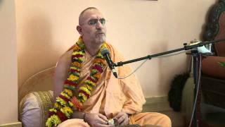 2010.07.01. Kirtan by H.H. Bhaktividya Purna Swami - Riga, LATVIA