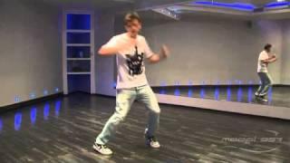 Андрей Захаров - урок 4: видео танца shuffle(Преподаватель Model-357 Lab.: 357.ru/teachers/andreya-intaro-zaxarova. В этом видео показаны основы стиля танца shuffle под музыку...., 2011-09-11T06:08:25.000Z)