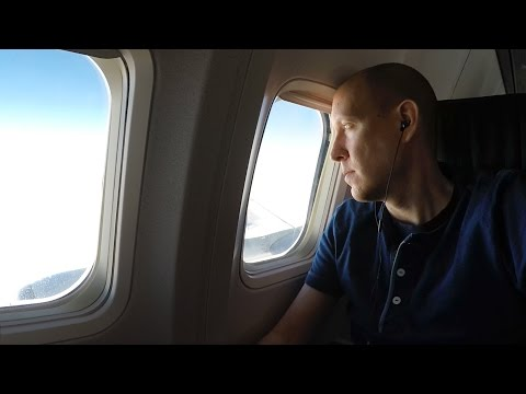 WestJet 737-700 main cabin San Diego to Calgary