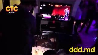 Молдавский певец в съемной квартире снял «грязный» клип