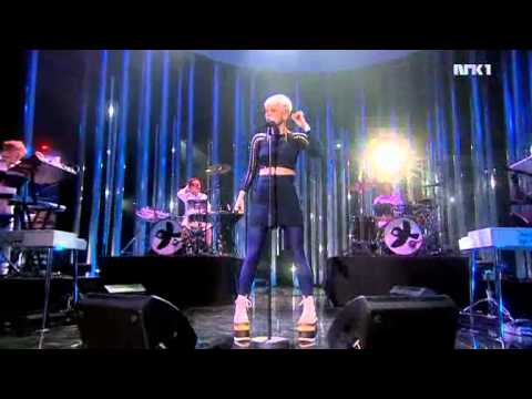 Robyn - Nobel Peace Prize Concert 2010