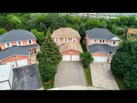 392 Luzon Crescent Mississauga Home for Sale - Real Estate Properties for Sale