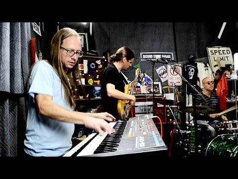 The Motet - 'Keep On Don't Stoppin'' ::: Second Story Garage