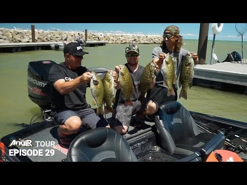 Lake Erie Smallmouth Bass Fishing With Dave Lefebre