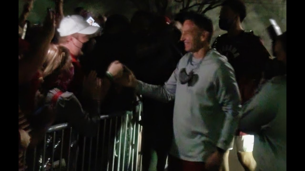 Watch Alabama basketball return to Tuscaloosa after clinching SEC Title | SEC Basketball