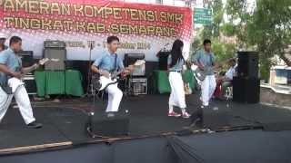 Download lagu SMK Bina Nusantara 2014 (Satter Band)