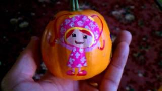 Team Umizoomi hand painted pumpkin