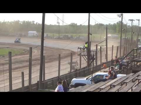Paradise Speedway Brandyn Griffin heat win 6/10/17