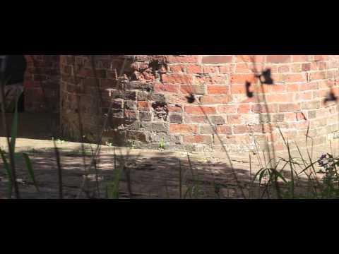 Trailer do filme Closed Spaces
