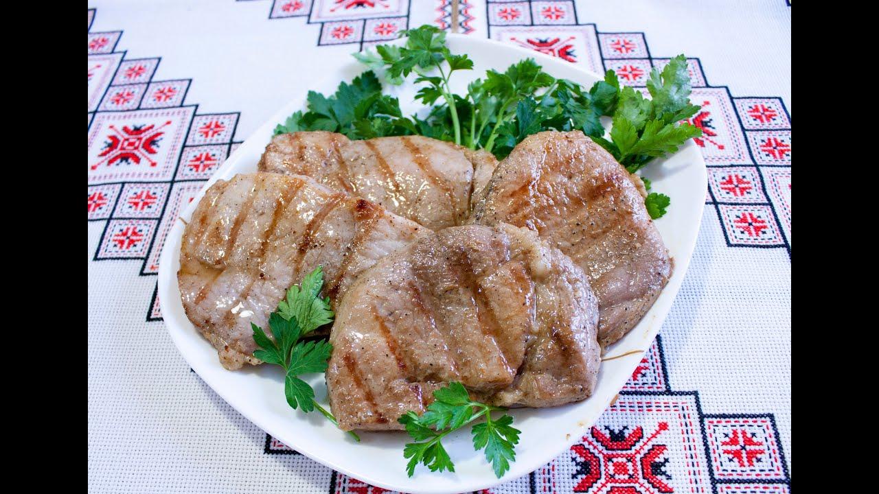 Рецепт стейков из свинины на сковороде