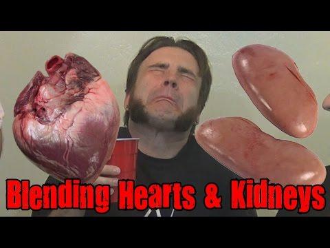 Blending Hearts & Kidneys - Blendurrr *Vomit Alert*