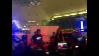 Sasha, Benny Y Erik-Tonto Corazón (ShowCase Perisur)