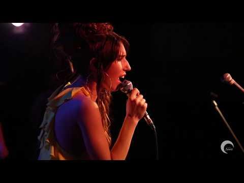 SINTIENDO LO QUE YO. Paula González & Coro Panambí