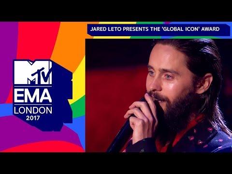Jared Leto Presents The 'Global Icon' Award To U2 | MTV EMAs 2017