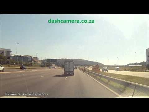 Car Crash N2 Queen Nandi, Durban - Slowed 50%