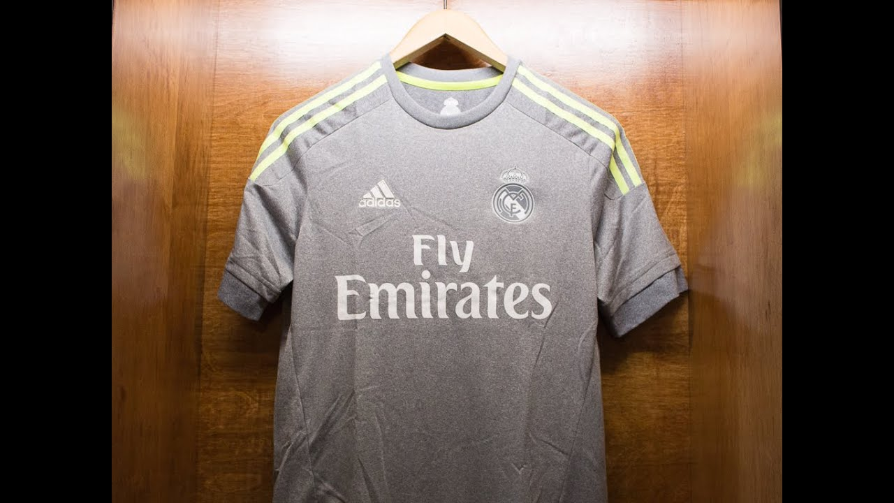 new arrivals 71df0 10682 Real Madrid 2015/16 Away Jersey Review