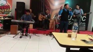 Video Klik band - Kesempurnaan Cinta (Juara 1 Festival Akustik Yogya Toserba Jatibarang, Indramayu) download MP3, 3GP, MP4, WEBM, AVI, FLV Oktober 2017