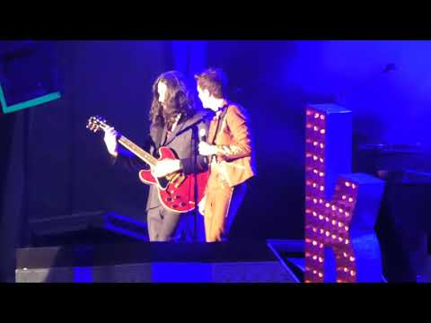The Killers - Rain in the Summertime (The Alarm cover) - Cardiff Castle, Wales 28.06.19 mp3