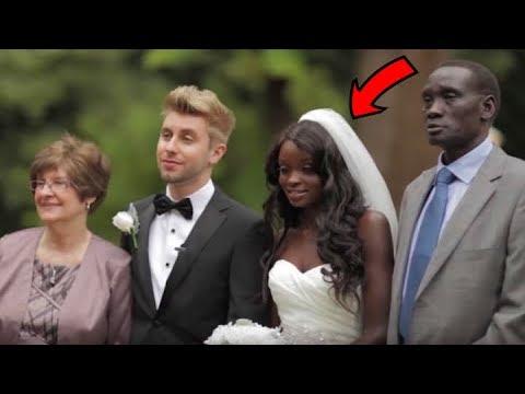ضحك الجميع عليه لأنه تزوج من فتاة سوداء ولكن بعد سنتين جعلهم يندمون ..!!