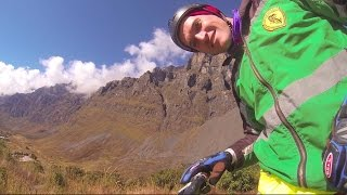 BIKE RIDING DEATH ROAD BOLIVIA | 3 MINUTES OF LIFE