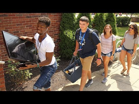 Thiel College Move-in Day 2018