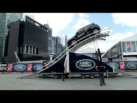 Land Rover 45 degrees up and down slope test in 4K
