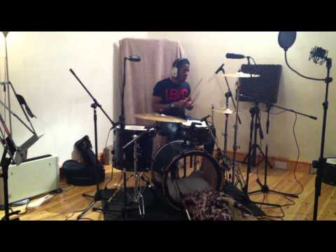 J DILLA DRUMS BEATS SAMPLE Justyn Amechi plays in the pocket to a click track