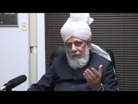 Japan Tour 2015: Khalifa Of Islam interviewed by Japanese Media