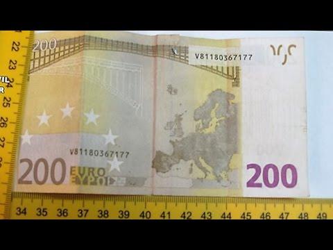 Falsificaban billetes de 200 euros para pagar en comercios for Wohnwand 200 euro