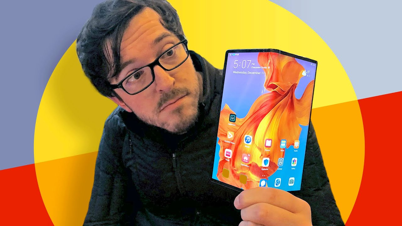 I love the folding Huawei Mate X: A day out with the phone