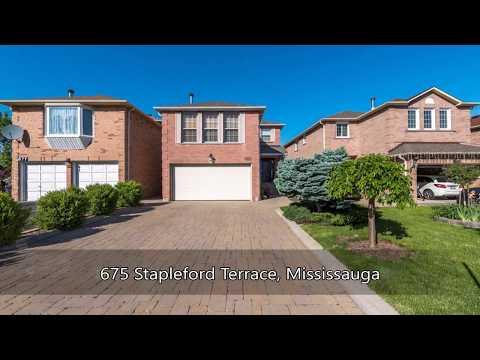 675 Stapleford Terrace, Mississauga, ON L5R