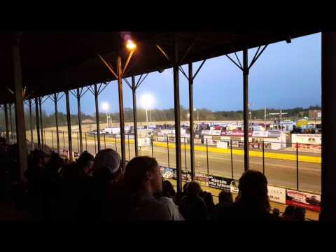 Opening race at viking speedway(4)
