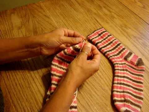 Knit Kitchener Stitch To Finish A Sock : Kitchener Stitch to Finish a Sock - YouTube