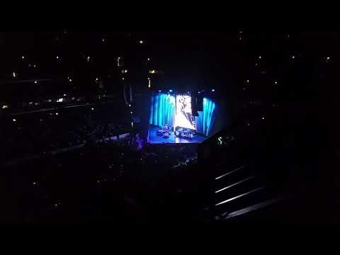 Mariah Carey @united center. 8/26/17 part 1.