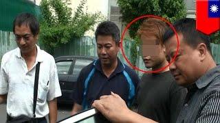 Un homme s'est fait prendre bafouer trois femmes en même temps.