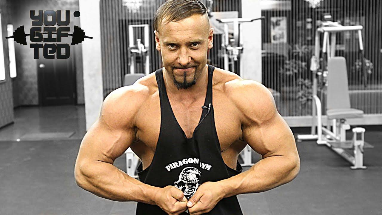 Бодибилдинг - это путь! Грудные мышцы. Макс Соловьев.